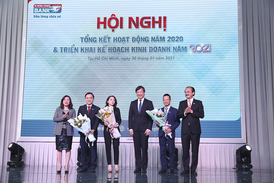 Kienlongbank organized conclusion of business activities in 2020 and set the goals of profit before tax in 2021 is VND 1000 billion